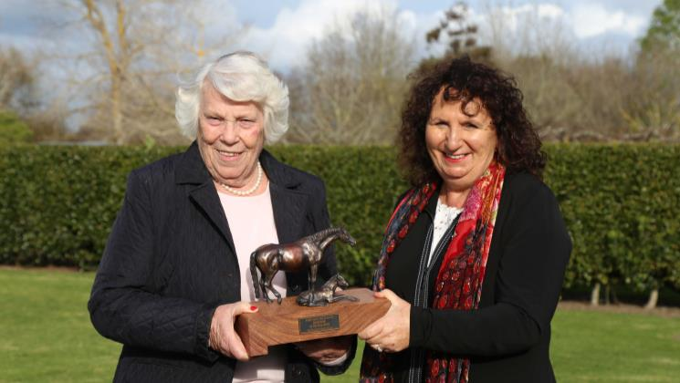 Meleka Belle crowned New Zealand Broodmare of the Year